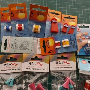 Knitting accessories Row counters, protectors, Norweign thimble